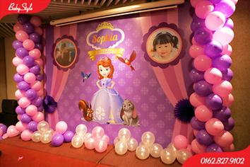 Mẫu trang trí sinh nhật chủ đề công chúa Sophia số 2.