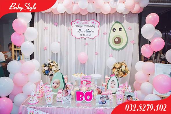 Trang trí sinh nhật chủ đề Bơ cho bé