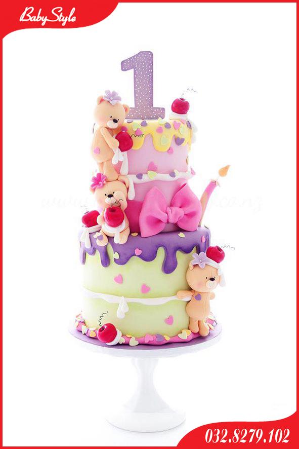 Bánh sinh nhật chủ đề gấu con