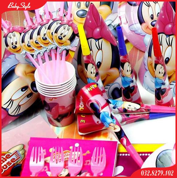 Một góc trang trí sinh nhật cho bé chủ đề chuột Mickey