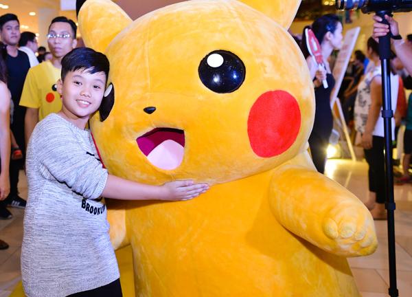 bộ trang phục Mascot pikachu đáng yêu