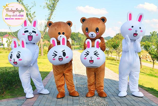 Hình ảnh thuê mascot thỏ Cony và mascot gấu Brown