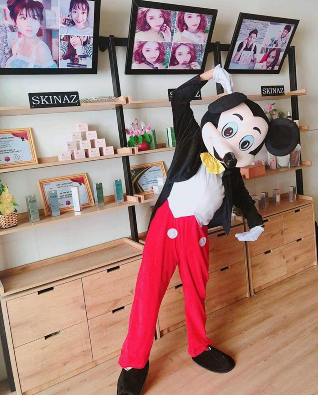 Mascot chuột Mickey Cute