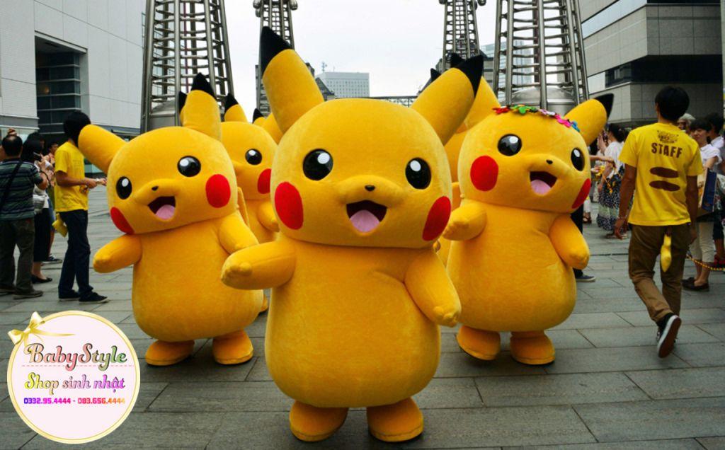 Hình ảnh các chú mascot Pikachu vô cùng dễ thương trong sự kiện tại Hà Nội