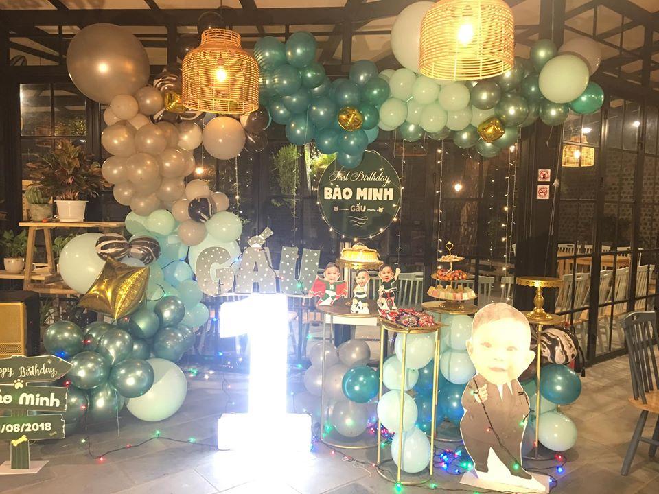 mẫu trang trí sinh nhật bằng bóng bay cao cấp tại Hà Nội