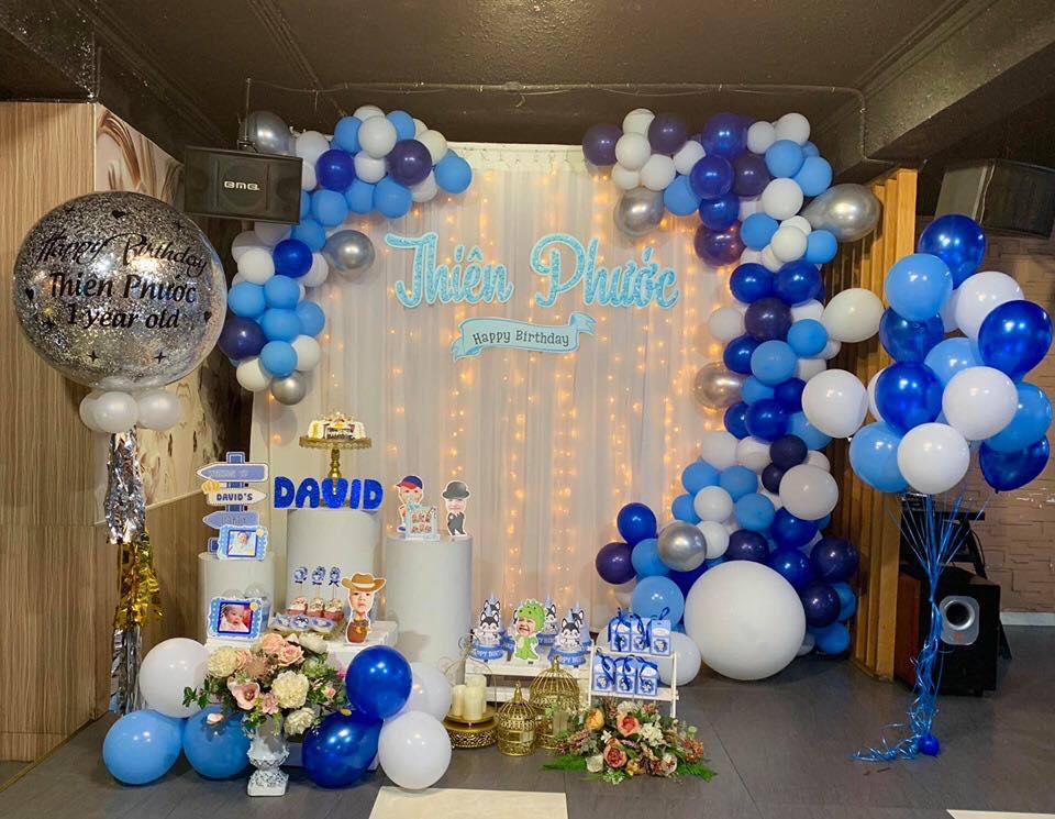Phụ Kiện Trang trí sinh nhật cho bé tại Hoàng Mai
