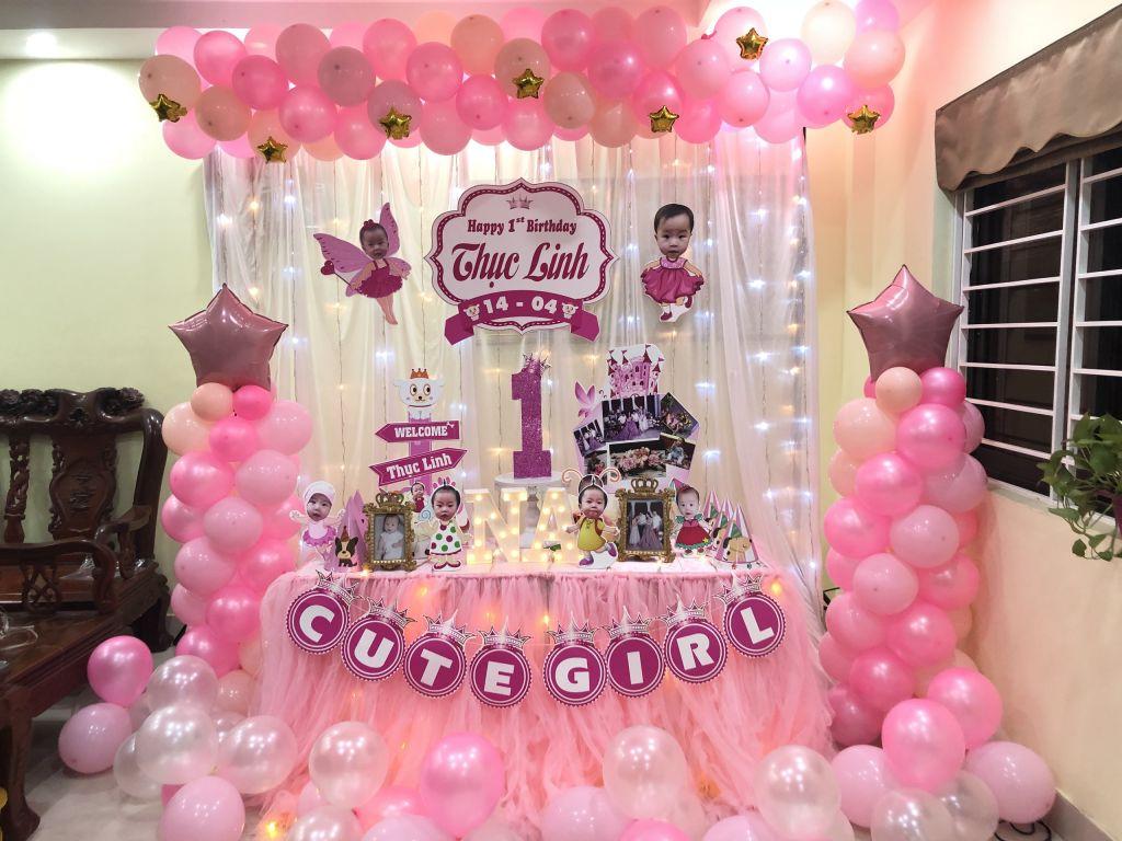 Phụ kiện trang trí sinh nhật cho bé tại Hà Nội