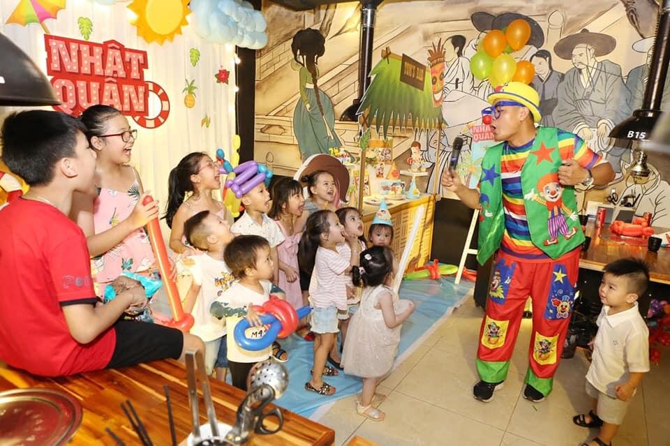 tổ chức các trò chơi trong tiệc sinh nhật cho bé